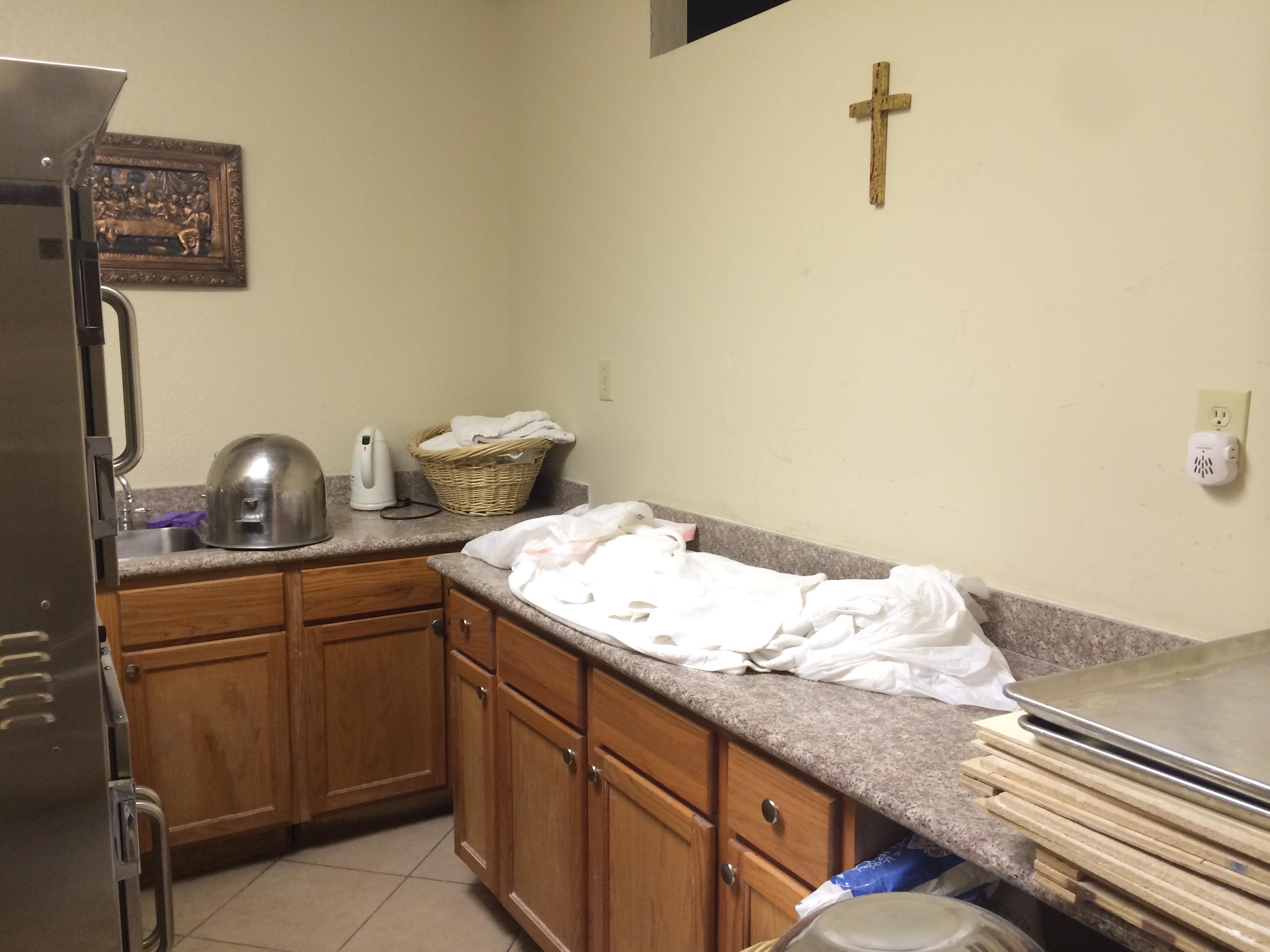 3500 Clayton Road, Concord, CA 94519 1,650,000 www.churches4sale.com ...
