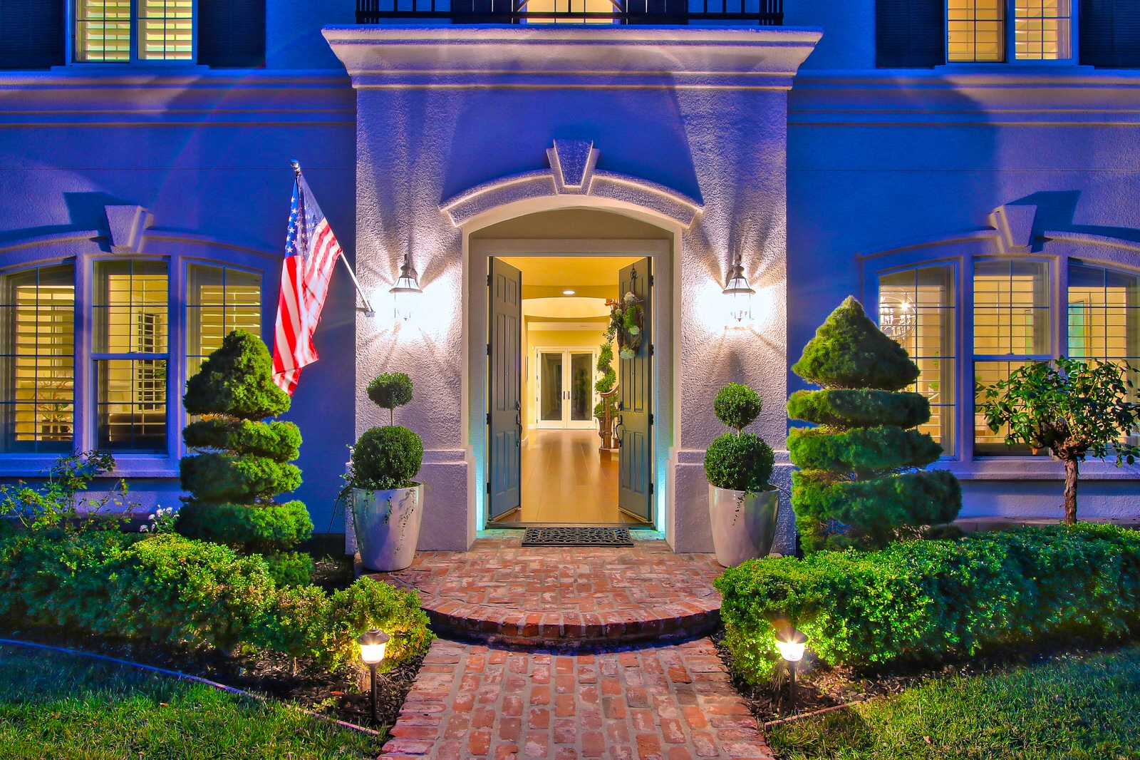 5321 Laurel Canyon Drive Belaire Luxury Estates Sold by Shiela-Marie Ventura