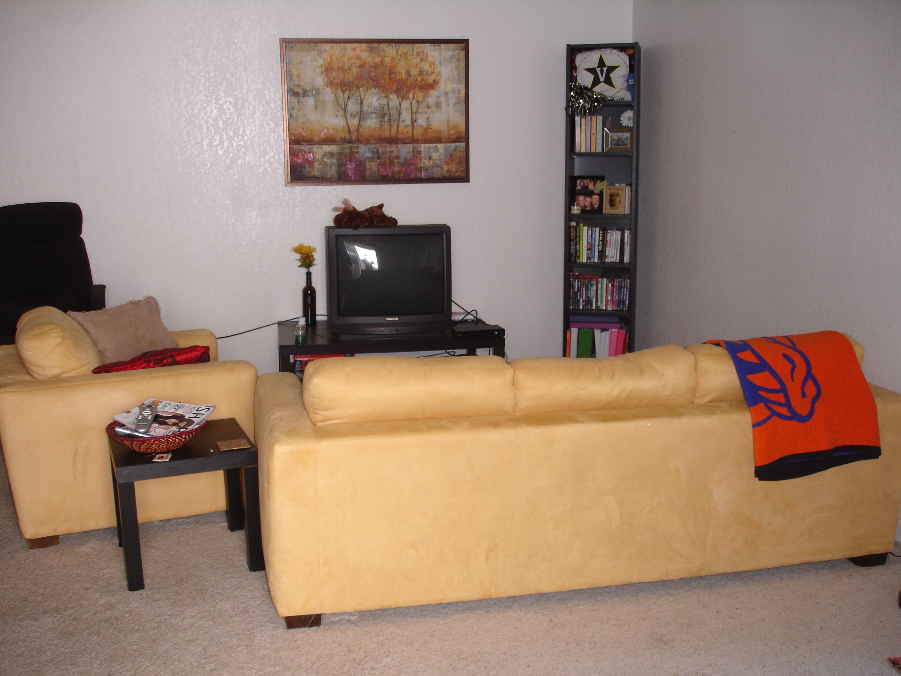 855 Adams Terrace C   FALL LISTING, Davis, CA 95616 2100  Www.z1properties.net MLS#