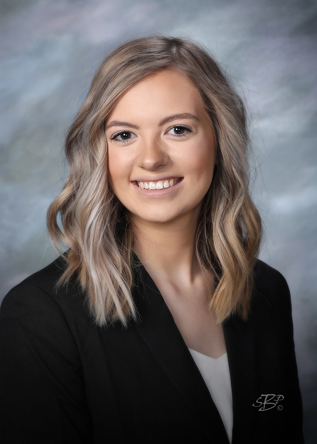 Breanna Schwindt - Stracke Realty Sales Associate